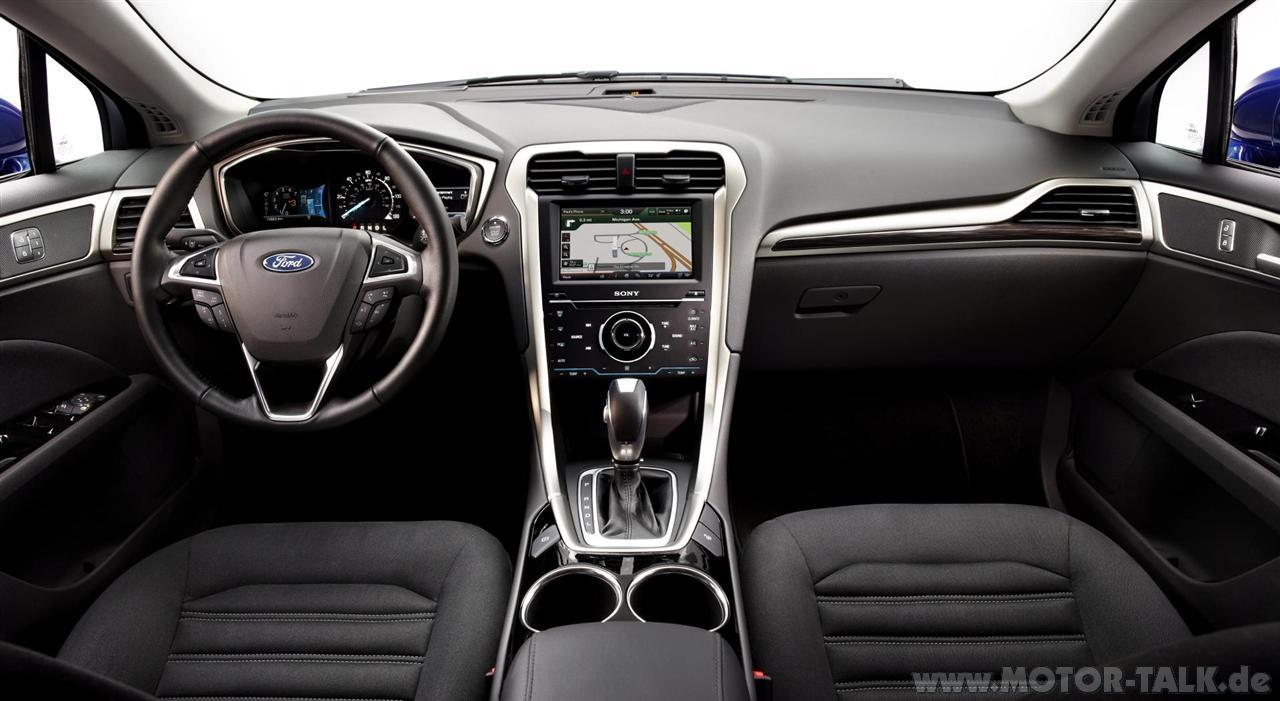 Ford Mondeo 2.3 2013 photo - 11