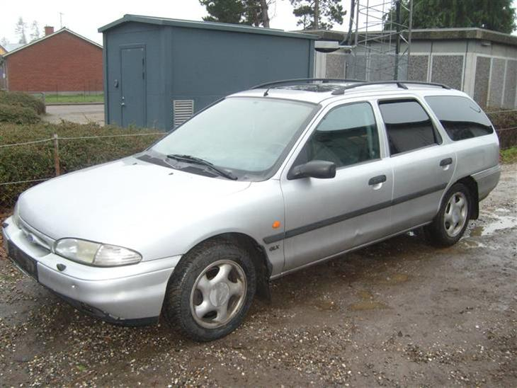 Ford Mondeo 2.5 1995 photo - 4
