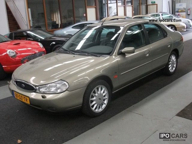 Ford Mondeo 2.5 2000 photo - 1