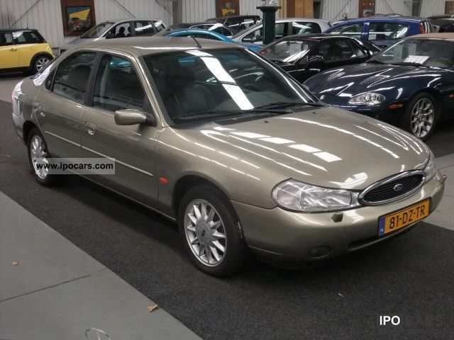 Ford Mondeo 2.5 2000 photo - 4