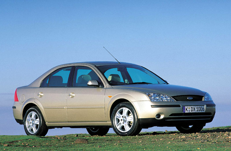 Ford Mondeo 2.5 2002 photo - 10