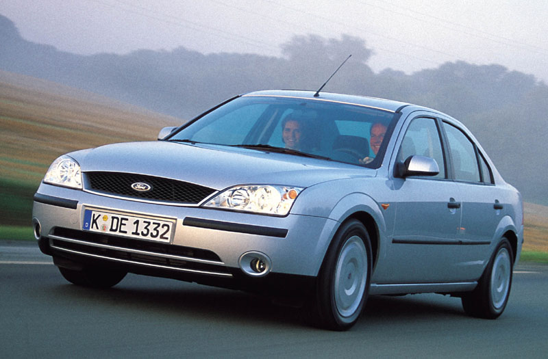 Ford Mondeo 2.5 2002 photo - 12