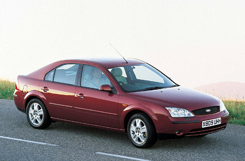 Ford Mondeo 2.5 2002 photo - 2