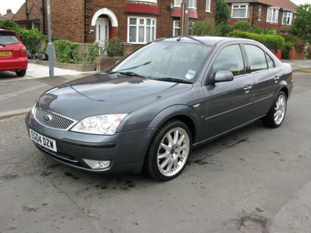 Ford Mondeo 2.5 2004 photo - 1