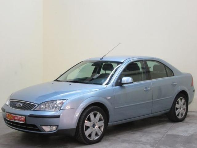 Ford Mondeo 2.5 2004 photo - 10