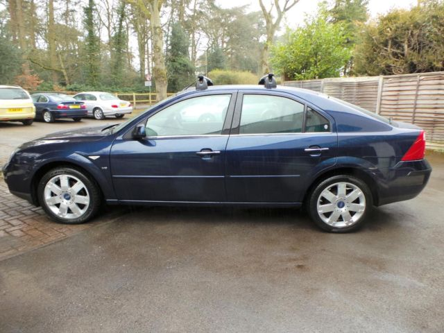 Ford Mondeo 2.5 2004 photo - 8