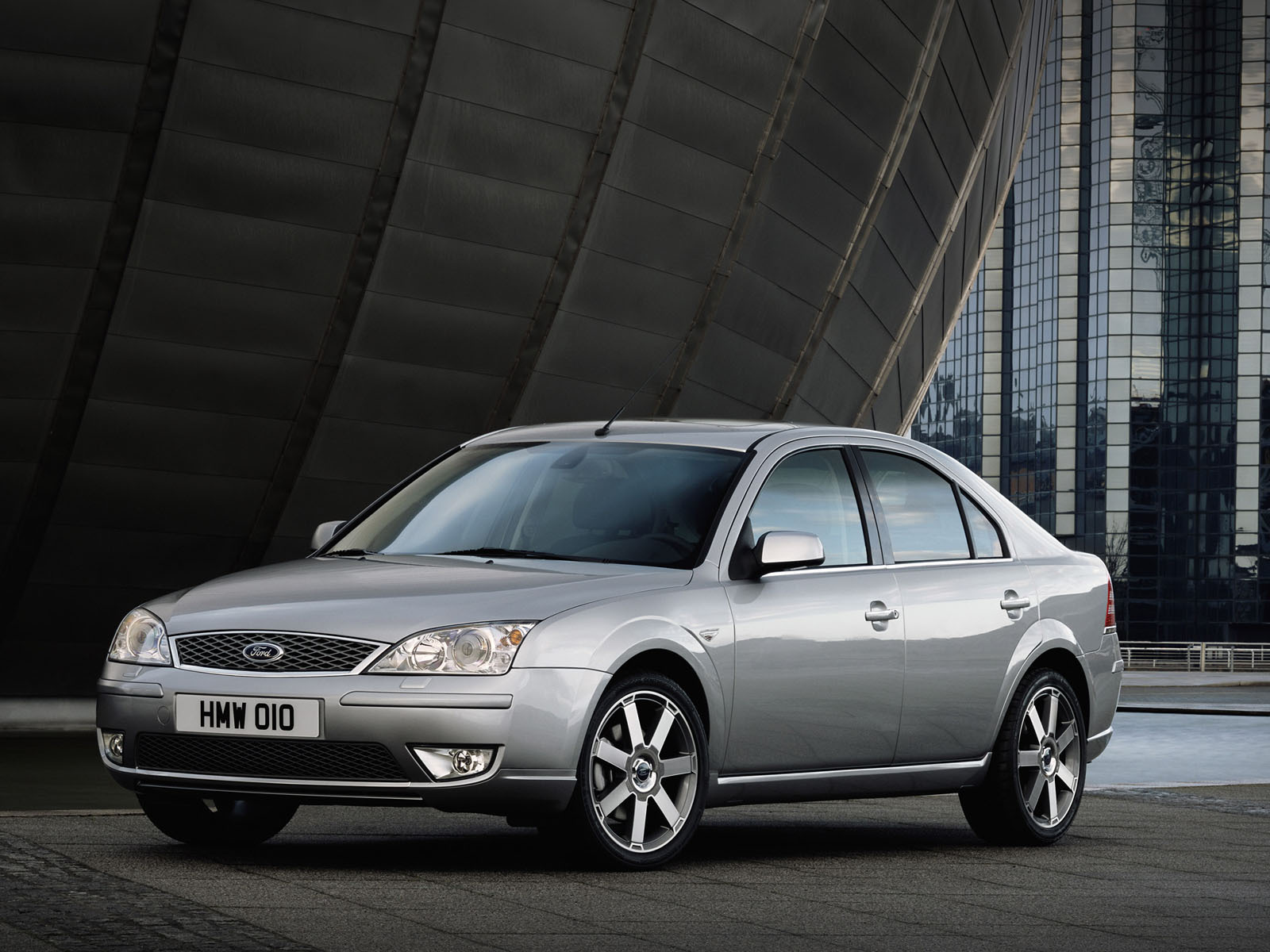 Ford Mondeo 2.5 2005 photo - 3
