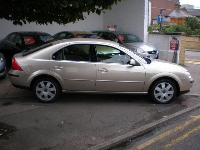 Ford Mondeo 2.5 2005 photo - 5