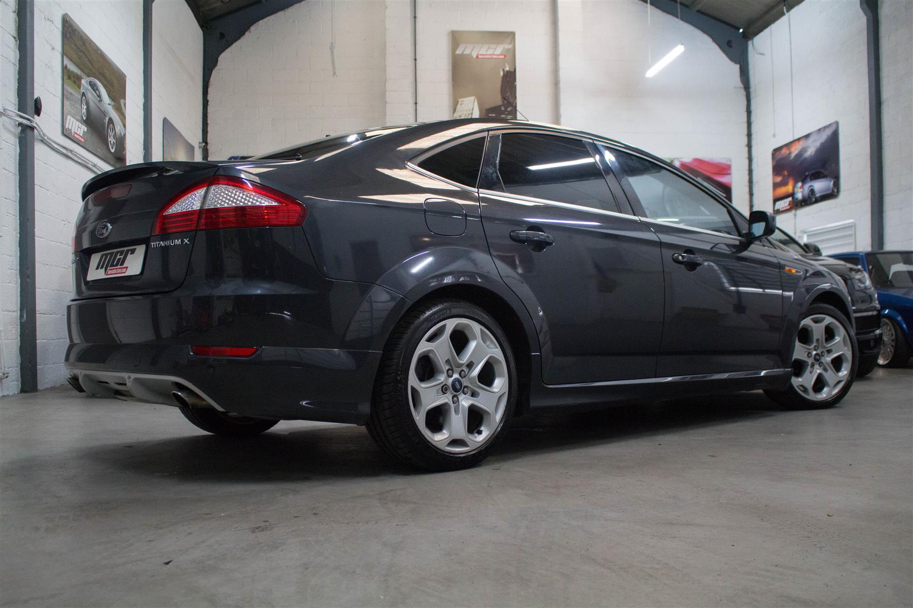 Ford Mondeo 2.5T 2010 photo - 10
