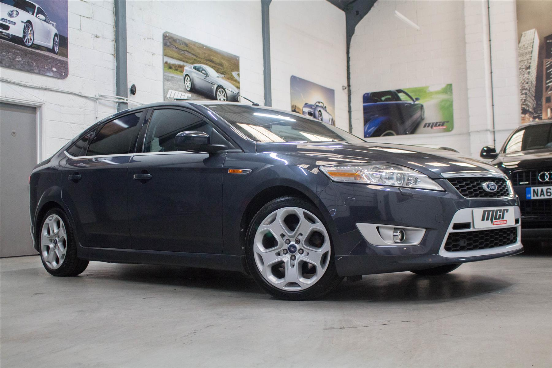 Ford Mondeo 2.5T 2010 photo - 11