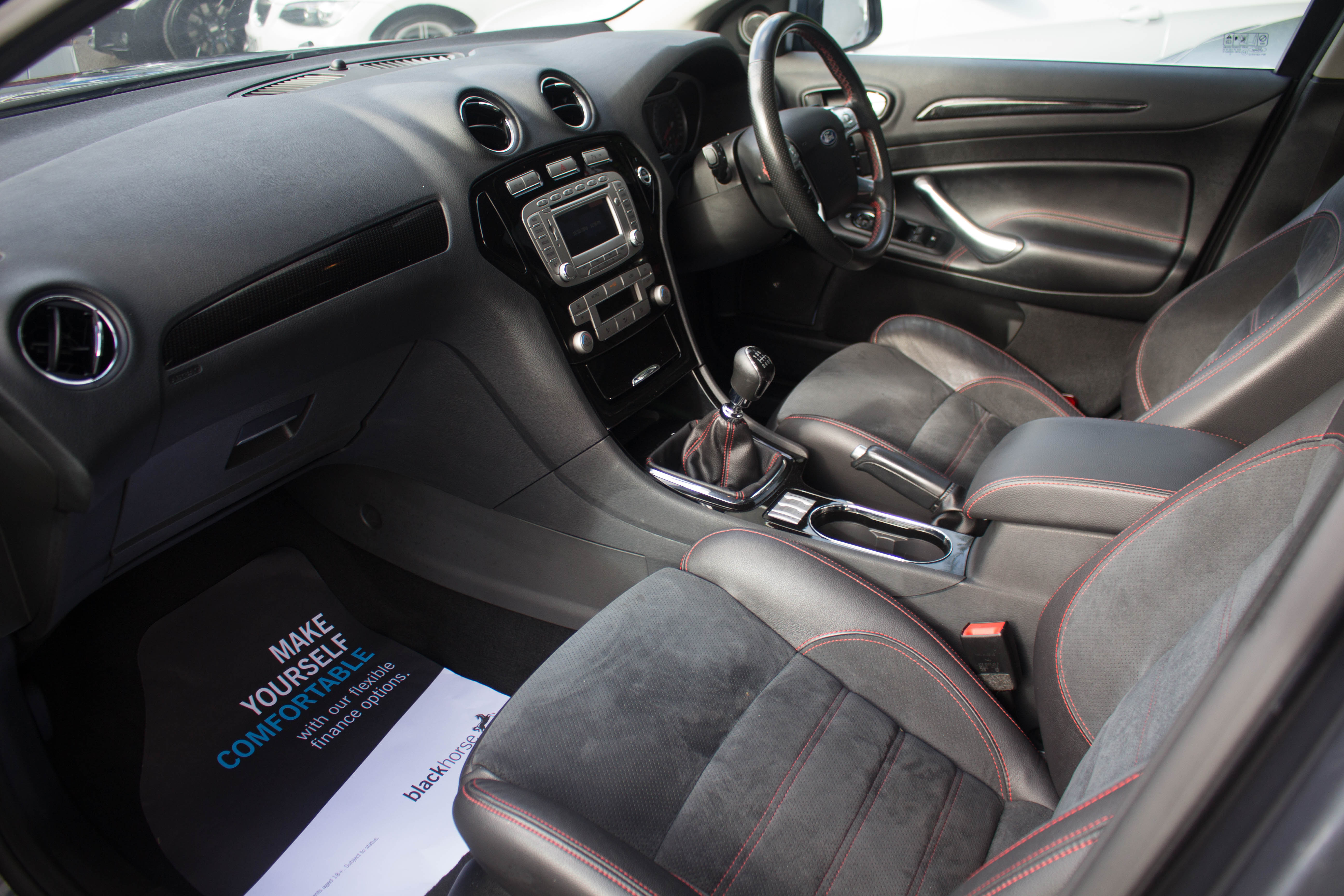 Ford Mondeo 2.5T 2010 photo - 4