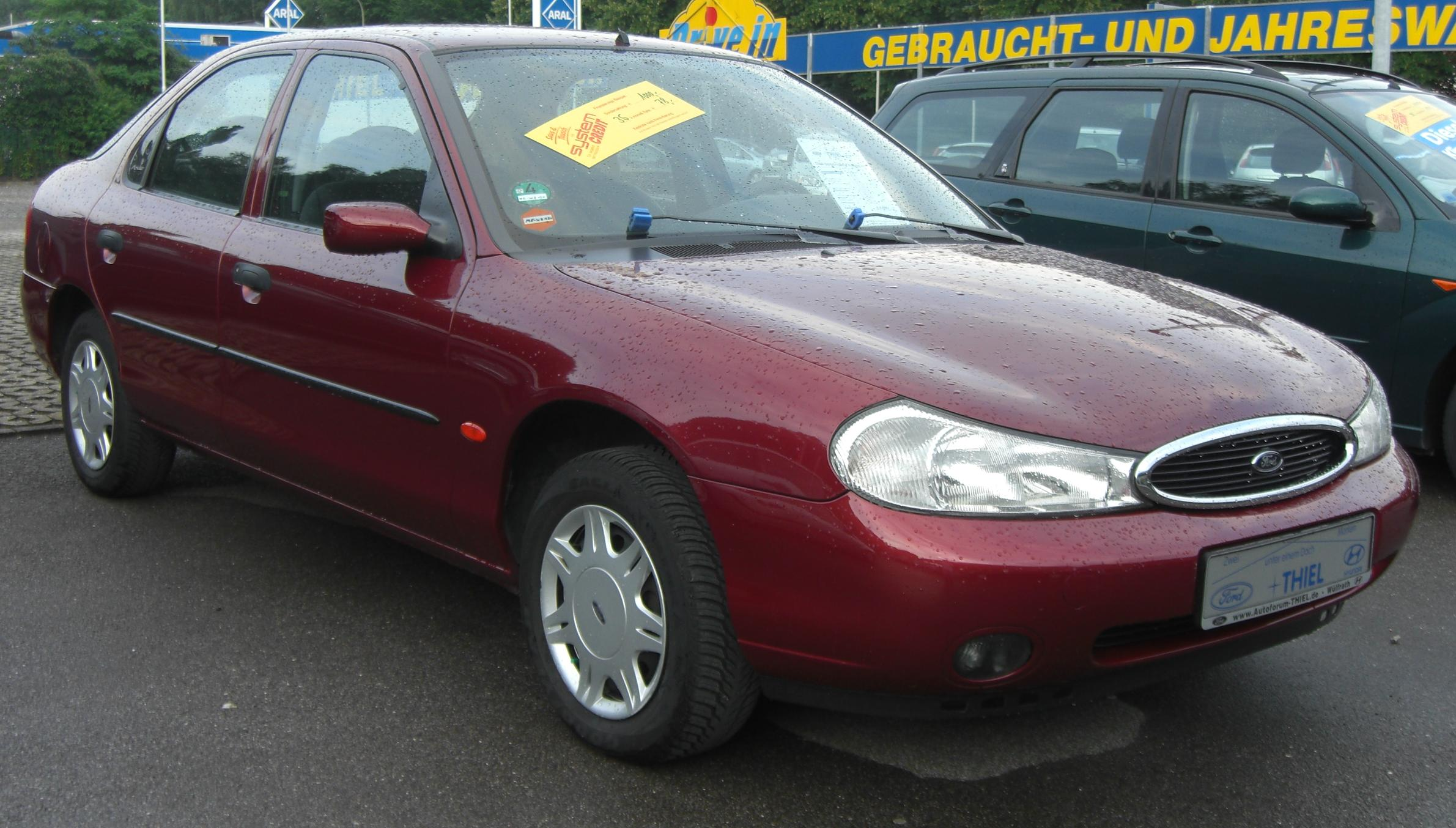 Ford Mondeo 3.0 2000 photo - 1