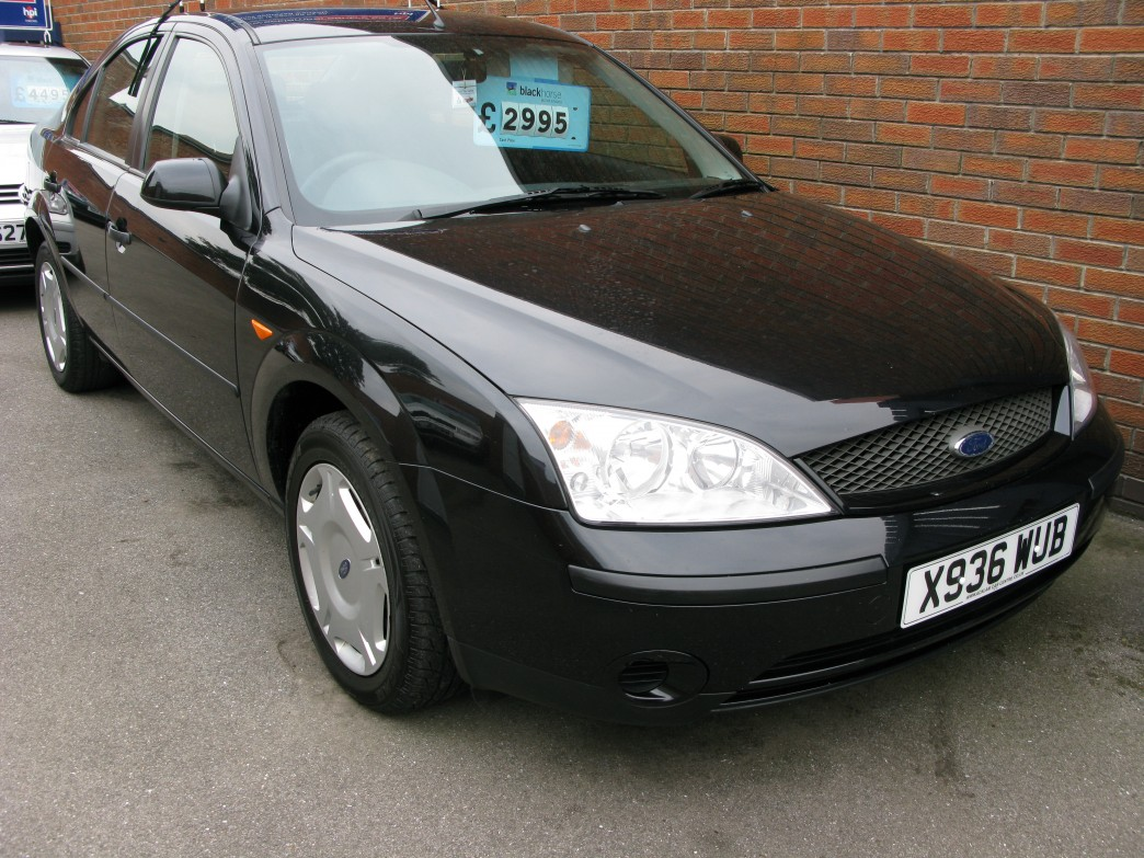 Ford Mondeo 3.0 2001 photo - 10