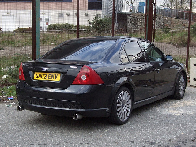 Ford Mondeo 3.0 2003 photo - 1