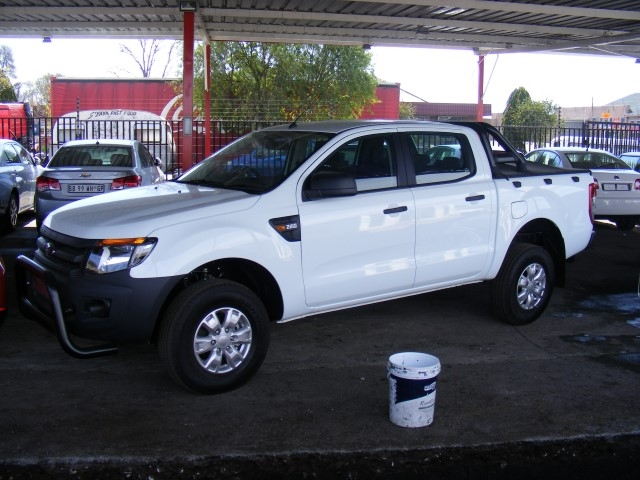 Ford Ranger 2.2 2014 photo - 5