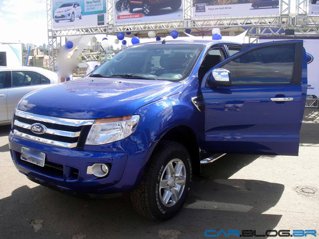Ford Ranger 2.5 2013 photo - 11