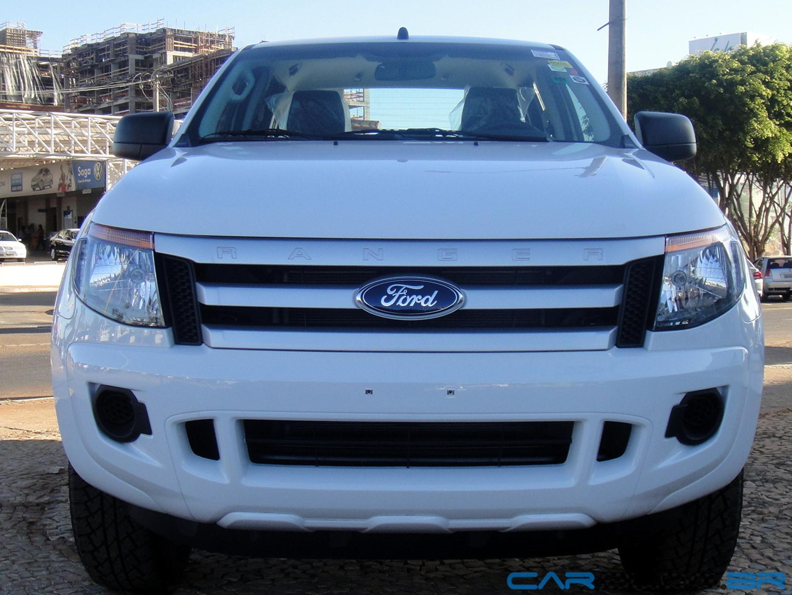 Ford Ranger 2.5 2013 photo - 12