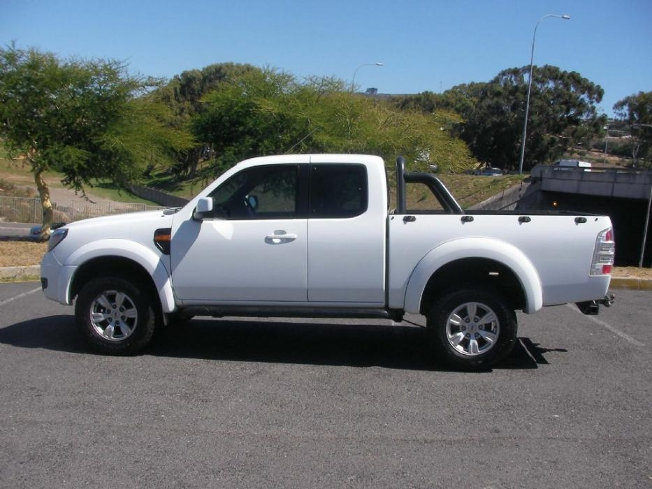 Ford Ranger 3.0 2011 photo - 6