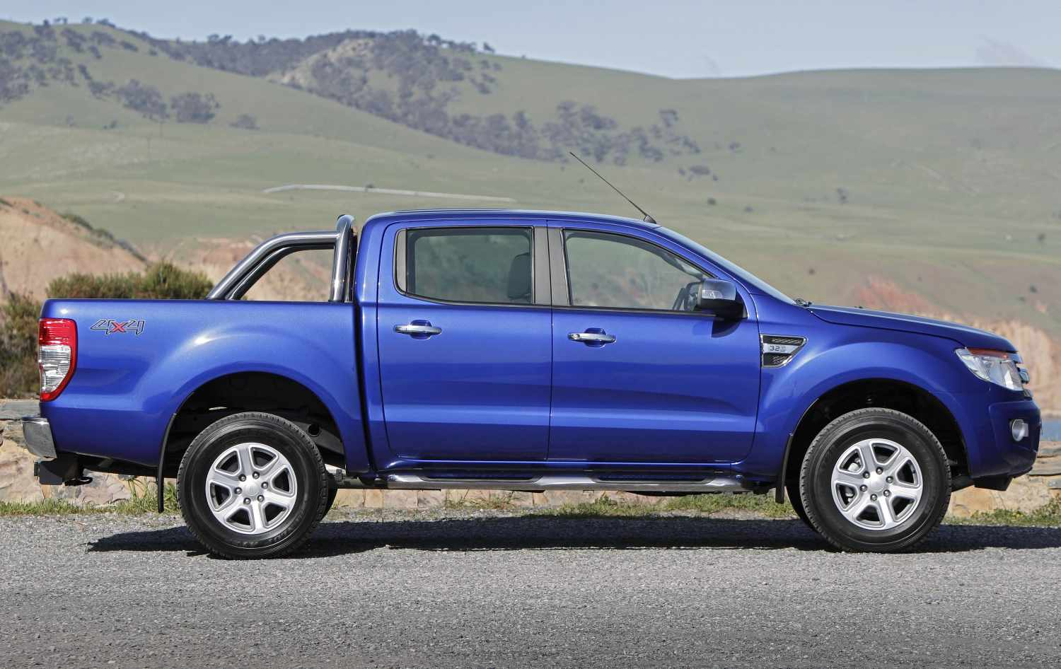 Ford Ranger 3.2 2011 photo - 11