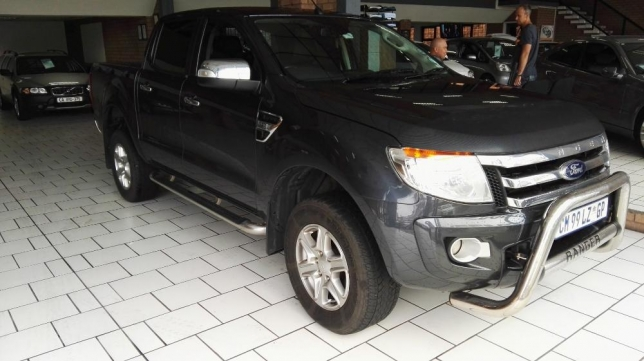 Ford Ranger 3.2 2011 photo - 2