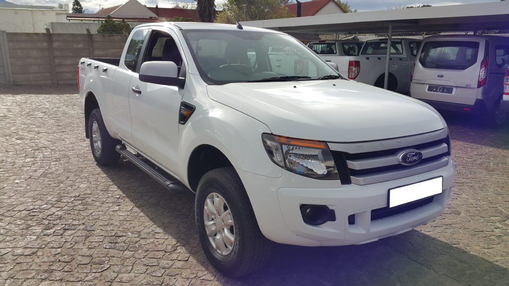 Ford Ranger 3.2 2011 photo - 8