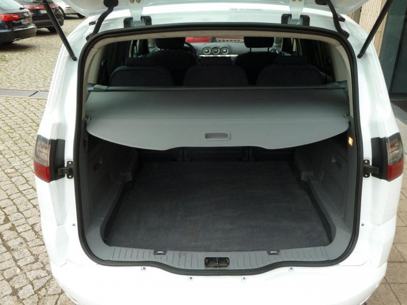 Ford S-Max 1.8 2006 photo - 8