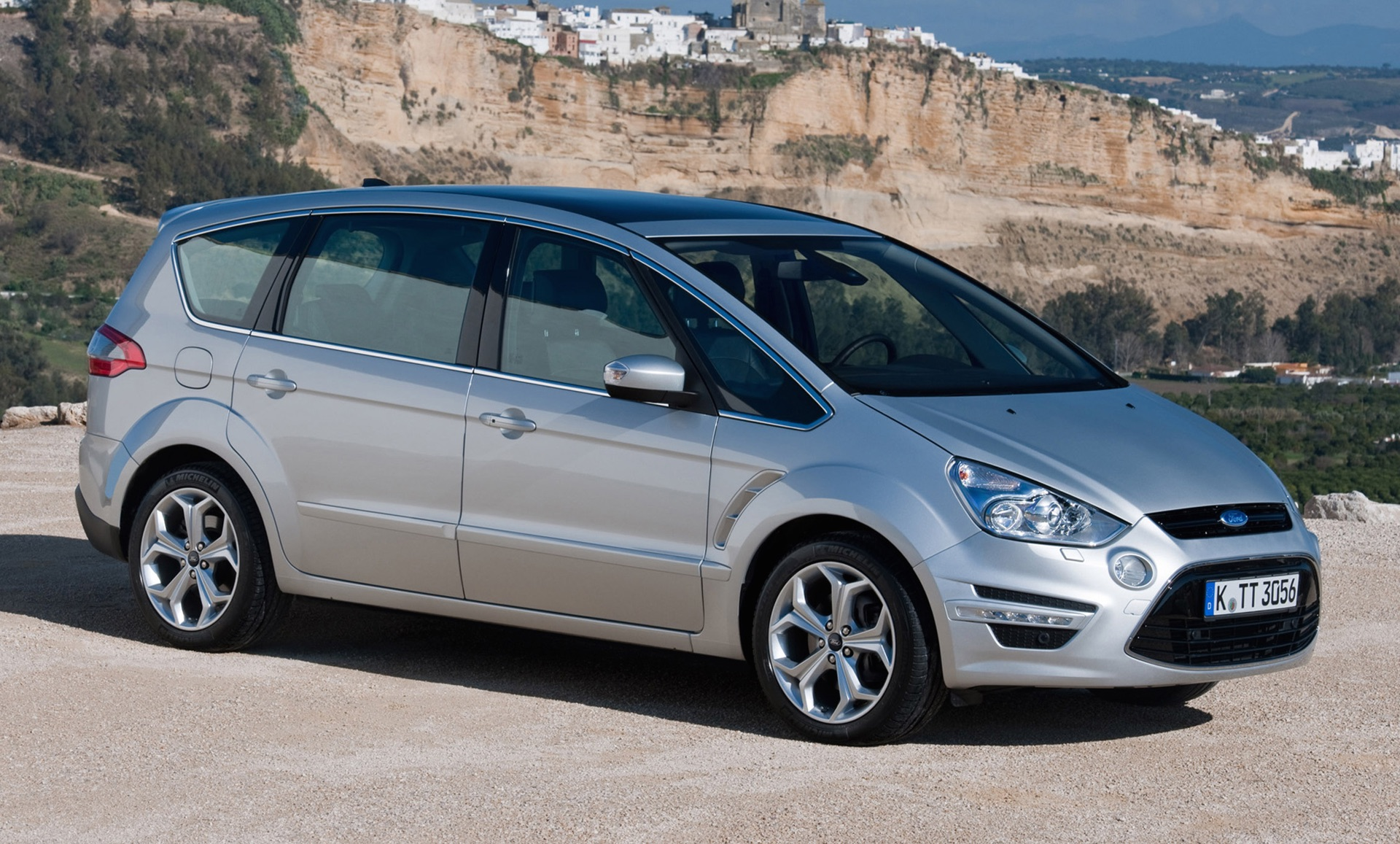 Ford S-Max 1.8 2010 photo - 9