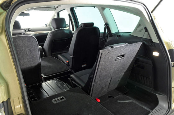 Ford S-Max 2.0 2008 photo - 11