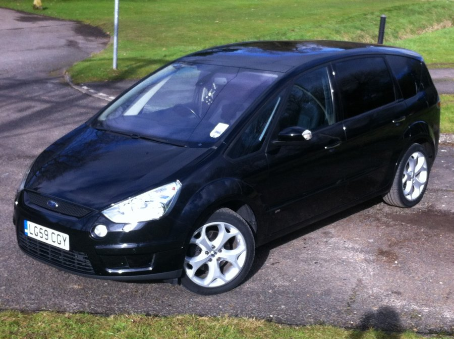 Ford S-Max 2.0 2009 photo - 2