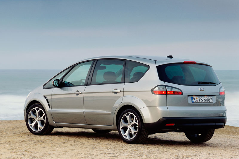 Ford S-Max 2.0 2009 photo - 3