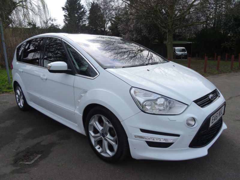 Ford S-Max 2.0 2011 photo - 11