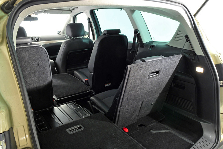 Ford S-Max 2.0 2011 photo - 8