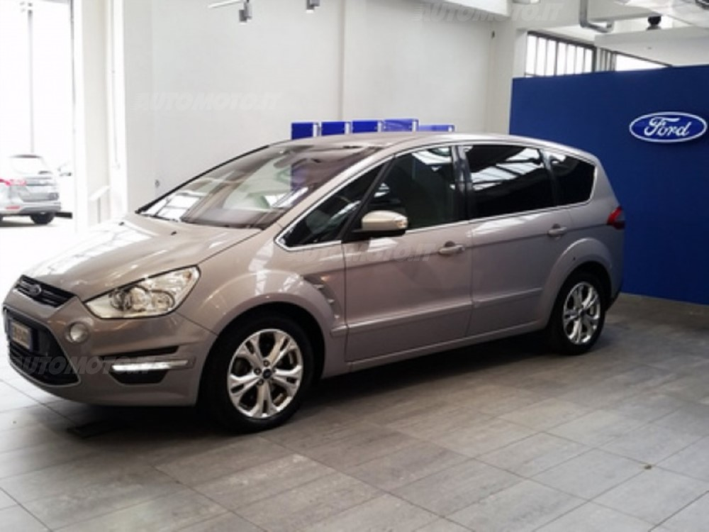 Ford S-Max 2.0 2012 photo - 11