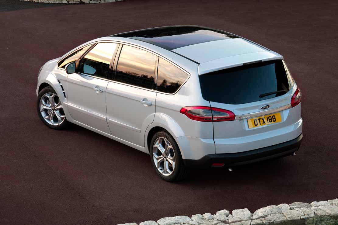 Ford S-Max 2.0 2012 photo - 2