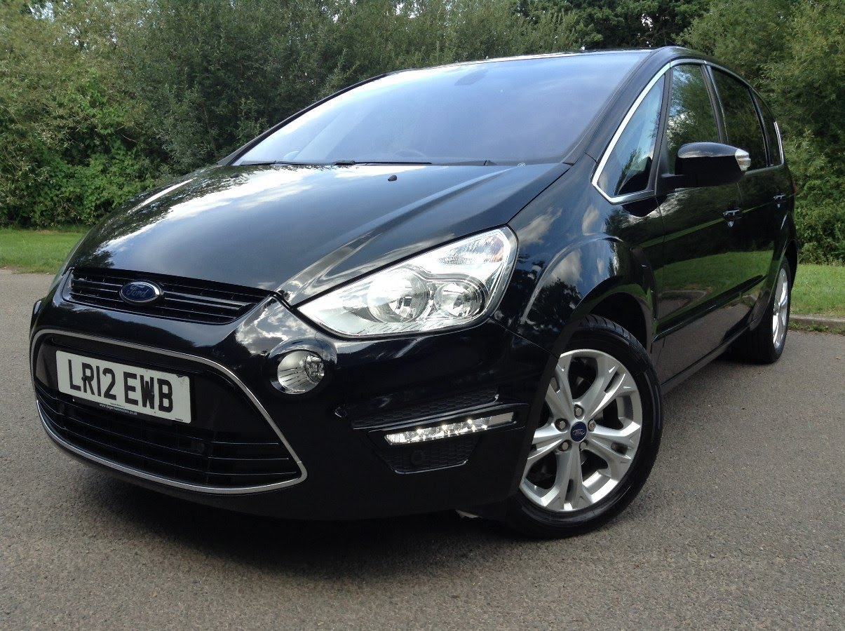 Ford S-Max 2.0 2012 photo - 3