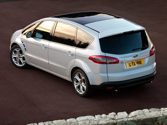 Ford S-Max 2.0 2013 photo - 10