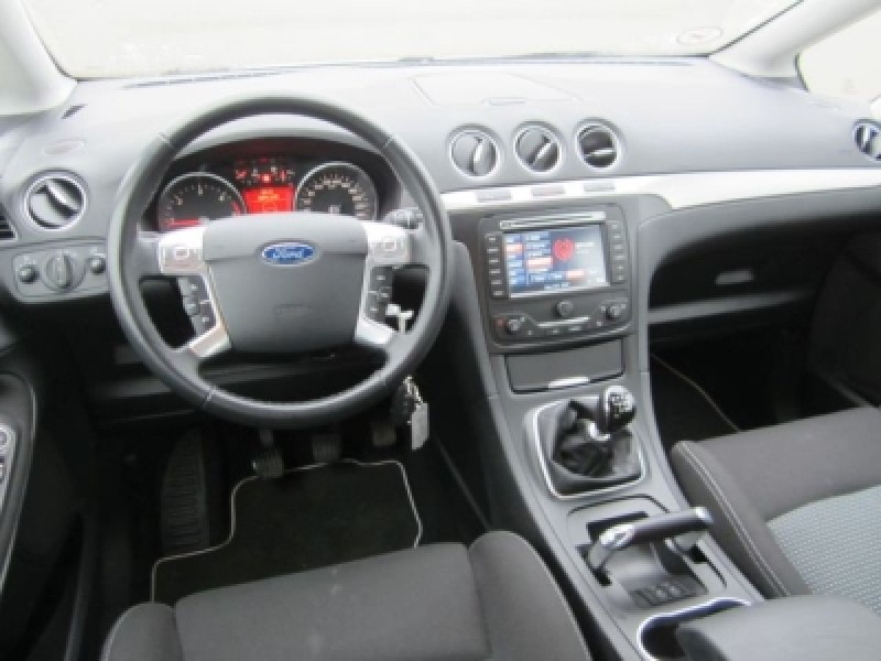 Ford S-Max 2.0 2013 photo - 6