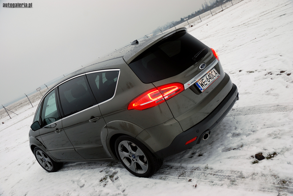 Ford S-Max 2.0 2014 photo - 9
