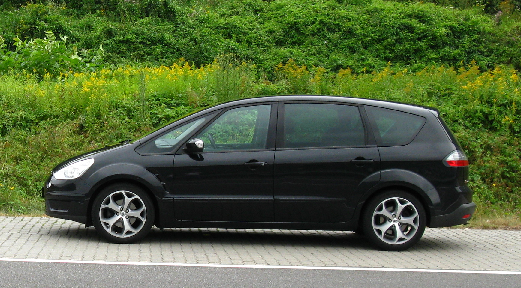 Ford S-Max 2.2 2007 photo - 9