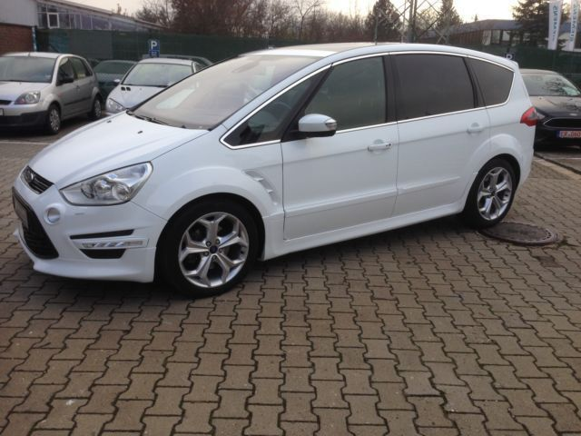 Ford S-Max 2.2 2013 photo - 11