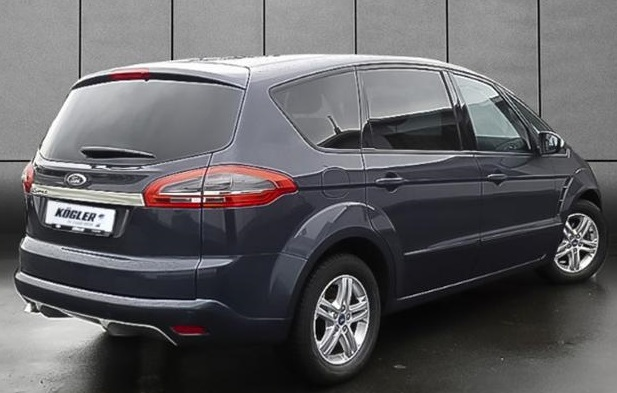Ford S-Max 2.3 2011 photo - 10
