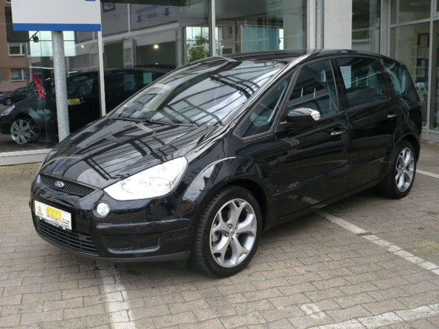 Ford S-Max 2.3 2011 photo - 4