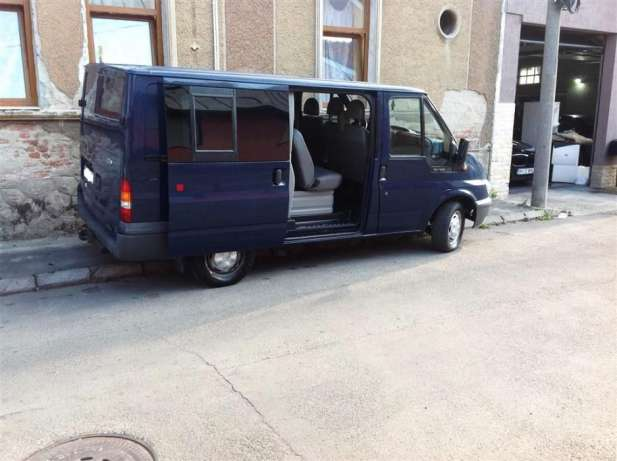 Ford Transit 2.0 2005 photo - 10