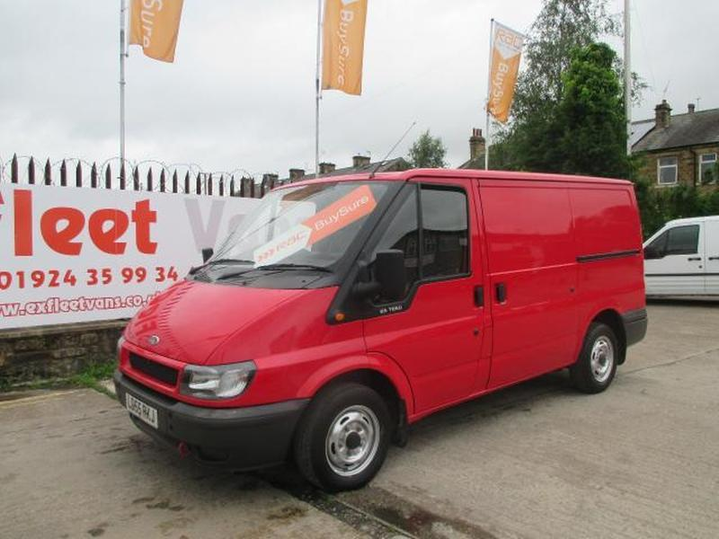 Ford Transit 2.0 2005 photo - 2