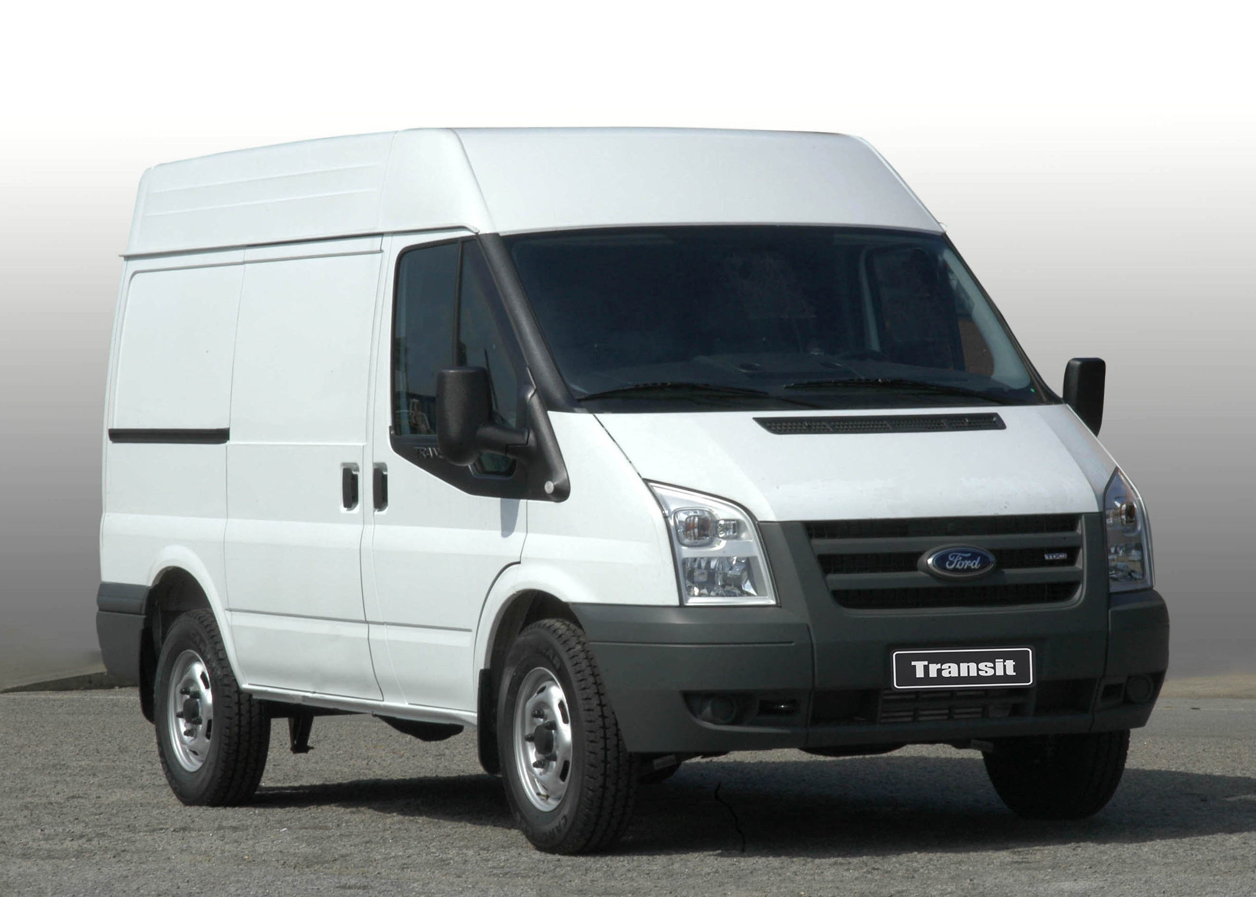 Ford Transit 2.2 2013 photo - 2