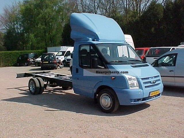 Ford Transit 2.4 2007 photo - 9