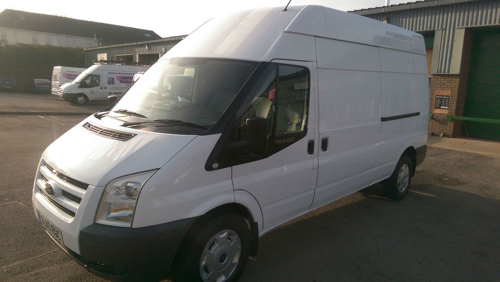 Ford Transit 2.4 2010 photo - 9