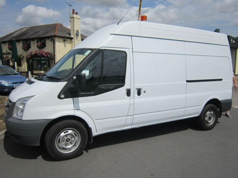 Ford Transit 2.4 2011 photo - 1