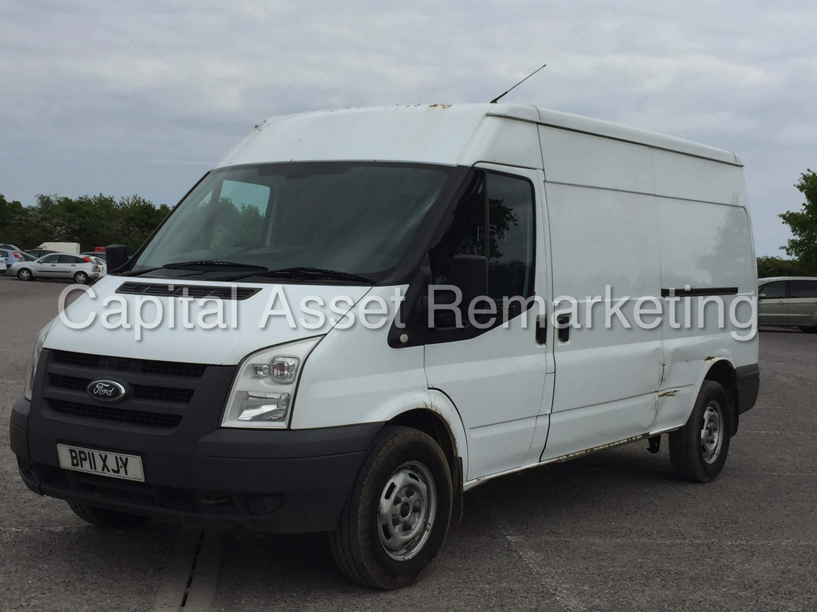 Ford Transit 2.4 2011 photo - 10