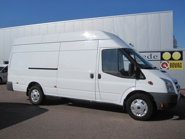 Ford Transit 2.4 2011 photo - 11